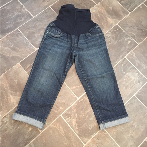 faf886a1cc91e Oh Baby by Motherhood Jeans | Capri Denim | Poshmark